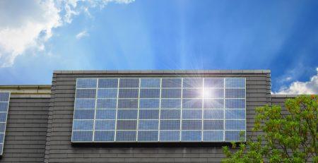 solar-power-panels-cabin-kit.jpg